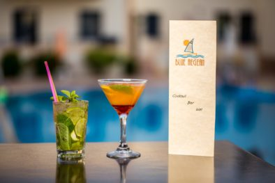 COCKTAIL WITH MENU POOL VIEW
